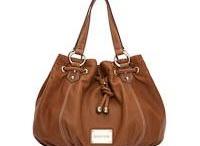 Handbags / by Marnie Cheesewright