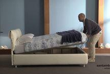 Letto contenitore / storage bed modello Paola - video - / In questo filmato vogliamo presentarvi il letto contenitore modello Paola che ha la possibilità di avere anche il meccanismo per il rifacimento facilitato. Buona visione