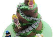 Specialty Cake Decorating Classes  / Wilton Cake Decorating classes held at Baldocks at 63 Queen street Adelaide