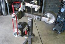 Belt grinder