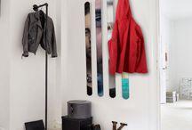 Porte-manteaux design / Pour ranger le hall de son appartement ou de sa maison, un porte-manteaux est toujours le plus efficace, si en plus il est moderne, joli et personnalisable, il sera parfait. Personnalisez votre porte-manteaux avec vos photos pour, d'un seul coup, rendre utile et jolie votre entrée.