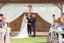 ElegantBlack&White Wedding