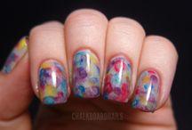nails<3 / by Itzel