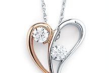 2 Stone Jewelry / James Martin is the place to find beautiful pieces in the new 2 Stone jewelry trend!