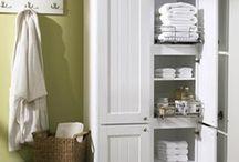 armario blanco baño