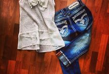 Summer Outfits / by Chelsey Guerrero