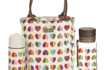What's in your Lunch Box / Pack your lunch in style with these lunch boxes and tote bags.