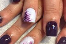 Beauty | Nails / by Lianne Jansen