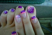 Purple toes nails bright