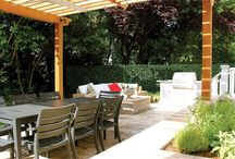 "Jennifer G. Horn, ASLA / Jennifer Horn Landscape Architecture - TOP LANDSCAPE DESIGNER H&D PORTFOLIO - DC/MD/VA - http://www.handd.com/JenniferHorn - ""The garden should honor the architectural style of the home as well as the lifestyle and sensibilities of the homeowner,"" observes Jennifer G. Horn, principal of Jennifer Horn Landscape Architecture"