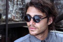 SUNGLASSES WAITING FOR THE SUN / Waiting For The Sun propone sul mercato una linea di occhiali dal gusto vintage, montature in diverse tipologie di LEGNO e un occhio molto attento ai dettagli. http://www.occhialifacili.com/brand/waiting-for-the-sun/