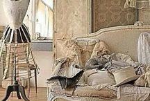 ViNtaGe Paris Apartment Decor