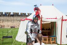Rosa Mundi Encampment / A band of merry peasants and artisans set up camp within Alnwick Castle's medieval walls.