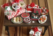 Christmas Miniatures Dollhouse 1 / Feel free to repin all you want...  My board is your board. / by Elizabeth