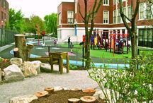 Cours d'écoles nature / Cours d'écoles nature, accueillant la biodiversité et permettant aux enfants un jeu varié sur un terrain d'aventure au naturel.