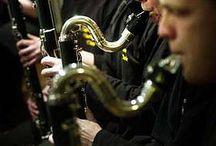 Collega orkesten / In Hoogezand Sappemeer zijn meerdere muziekverenigingen actief.  www.fanfarecorps-hs.nl