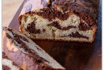 Marble banana bread