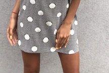 Sukienki - Falbany