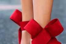 i♥ red :-) / RED.....i do ♥ the color red