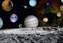 L'espace, les planètes, les nébuleuses / Superbes photos de l'espace et des planètes ainsi que de jolies nébuleuses.