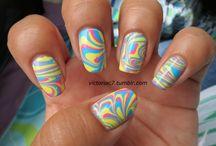 Nails / by Hannah Wozniak