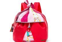 Sac à doudous, sac à dos, petits cartables... / Pour la crèche ou pour l'école, pour un après-midi chez les copains ou pour avoir son sac à soi ;-)