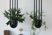 hanging planters / hanging planters