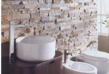 Wall Cladding / Looking to create a statement with your wall? Our range of CladFX 3D wall cladding can be used to create a stunning stone feature wall and enhance your home. Options available include travertine, crystal white quartzite, black, rust or silver sunset slate in easily applied 600mm x 150mm x 15-20mm panels.