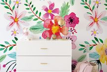 Wallpaper Mila's room