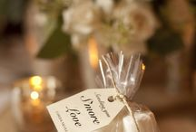 Fun Favors & Placement / Our favourite picks for wedding and party Favors and Placement