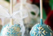 Cakes & Cupcakes / by Tammy Rosen