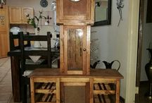 Wine rack / clock / Made from pallets