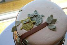 cakes. / by Cristina Kawecki