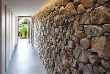 Internal Stone & Brick Feature Walls / Stone and brick wall can make an attractive feature. Used internally they can provide thermal mass boosing a homes energy efficiency in cool climates or areas with cold nights.