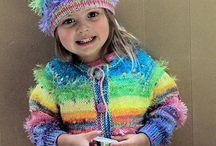 Knitting / by Myra Garcia