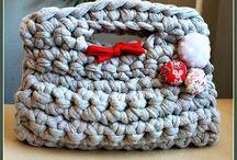 Crochet handbag / by Jackie Carrillo