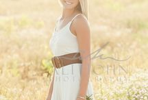 Photography: Senior Session  / Ideas to use for a Senior Portrait session.