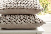 Плед, подушка, коврик