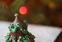 Christmas Food / Fun Christmas food to make your holiday more festive / by Jennifer Sikora
