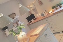 Beautiful Kitchens / A kitchen can be the heart of the home, and as well as being functional it can also be beautiful. Here you can find kitchens that I love and inspire me.