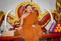 Thaise monnik betrapt met 16 bankrekeningen