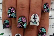 nails!^.^