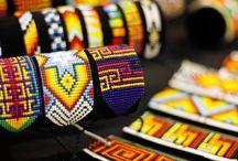 25 formas y colores en #Expoartesanías 2015 / Un recorrido en el que la magia de los colores y las formas de la artesanía colombiana, vibraron en cada rincón de nuestra feria ¡Te esperamos en Expoartesanías 2016!