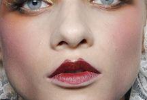 20s modern makeup