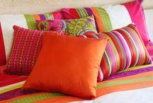 Decoração: Almofadas - Pillow / Visite www.thyaraporto.com/blog e confira ótimas dicas para decorar a sua casa.