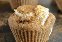 Recipes - Muffins / by Tamye Machina
