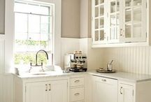 Kitchens / by Becky Morgan