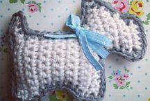 crochet brooches