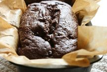 Grain-Free Breads / Bread recipes for people on Paleo, Primal, GAPS, SCD, and gluten-free diets.
