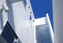sky&build / 美しい建物と表情豊かな空が似合います。